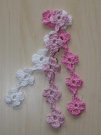 kostenlose Häkelanleitung für eine Blumenkette