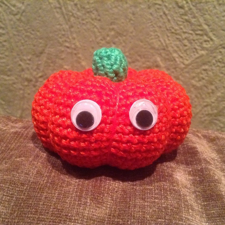 Kostenlose Häkelanleitung Halloween Kürbis