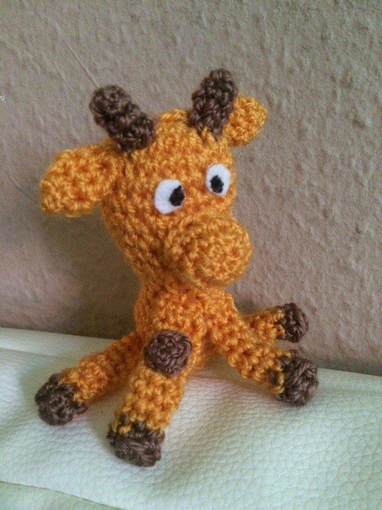 Kostenlose Häkelanleitung - Kleine Giraffe - Schlüsselanhänger ...