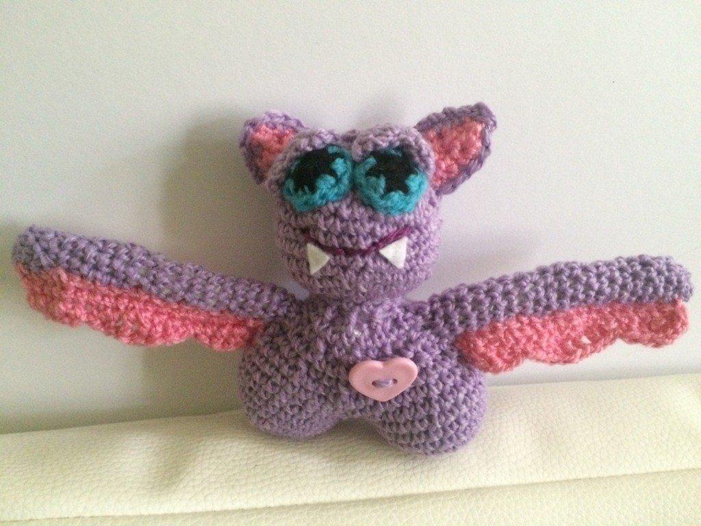 Kostenlose Häkelanleitung - Kleine Fledermaus