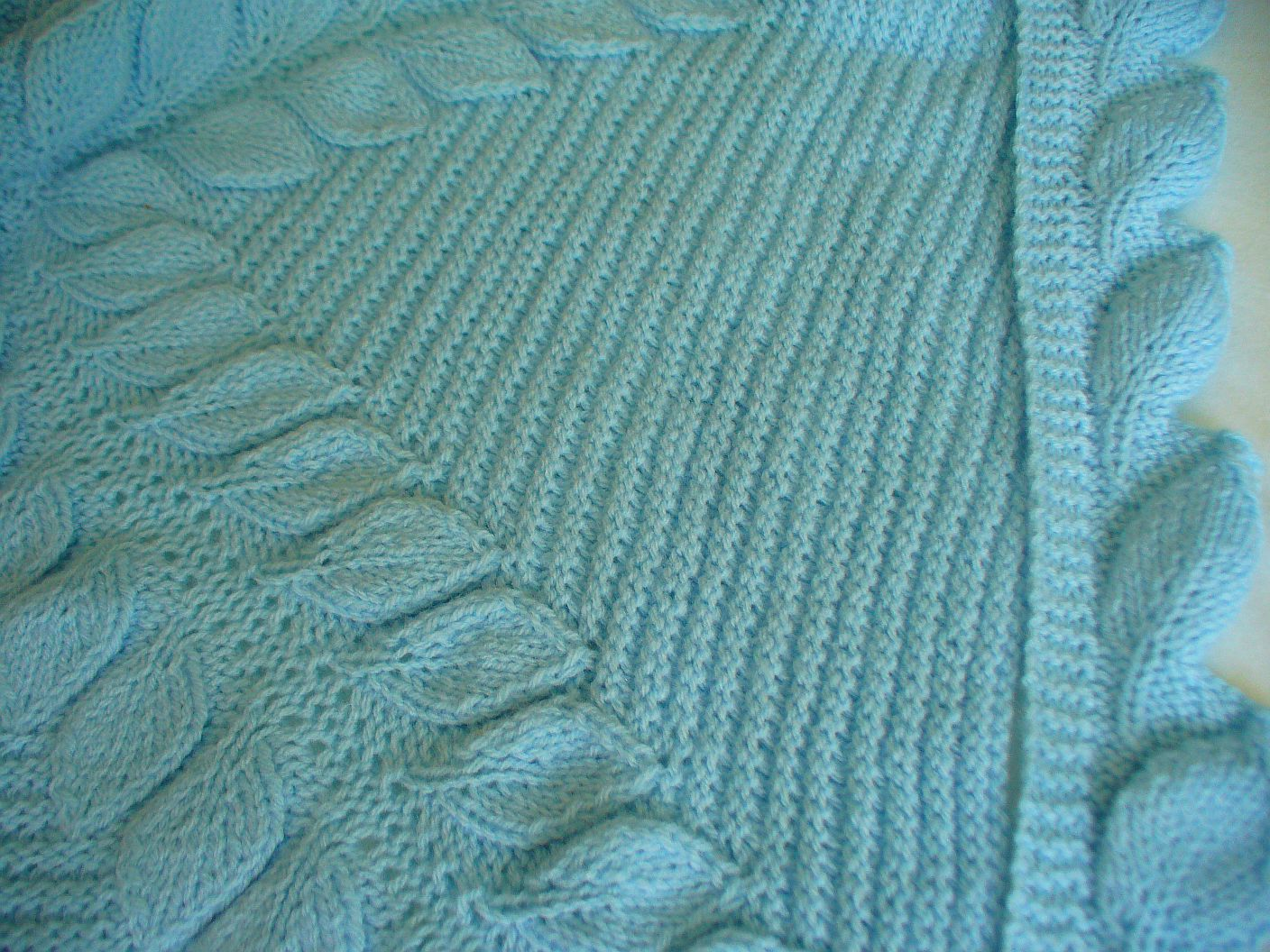 Free Leaf Baby Blanket Knitting Pattern