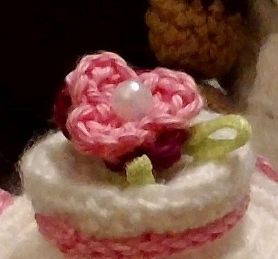 torta di compleanno schema amigurumi (2) - magiedifilo.it punto ... | 375x402