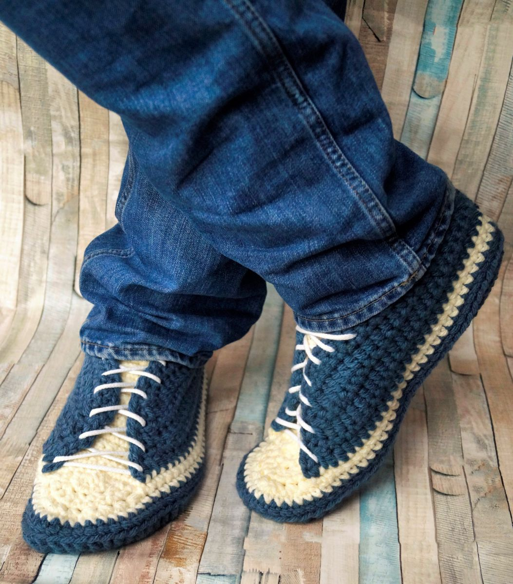 Free Crochet Pattern Men Sneakers