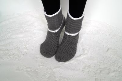 Free Crochet Pattern Warm house socks for snuggly hours at home