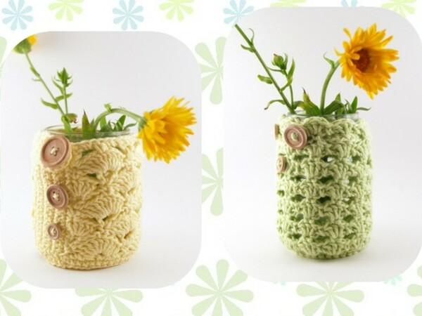 Upcycling: Alte Schraubgläser zu Mini-Vasen um-häkeln