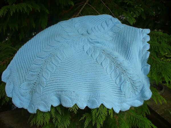 Free Knitting Pattern For Leaf Baby Blanket : FREE Leaf Baby Blanket Knitting Pattern