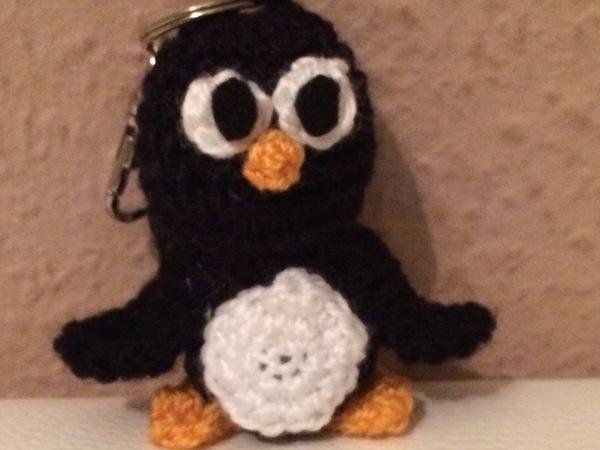 Kostenlose Häkelanleitung - kleiner Pinguin - Schlüsselanhänger ...