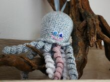 Free Crochet Pattern.Octopus