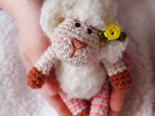Free crochet pattern Easter sheep