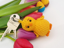 Free Crochet Pattern Keychain Little Chick