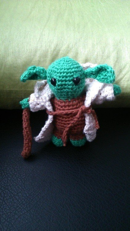 Love to crochet, do you? This Yoda pattern is perfect for any Star ... | 750x422