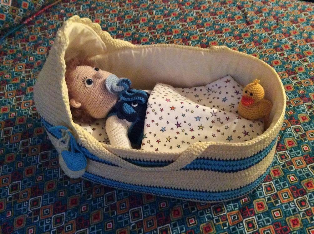 Handarbeiten Foto Häkelanleitung Puppentragetasche Mit Babydecke