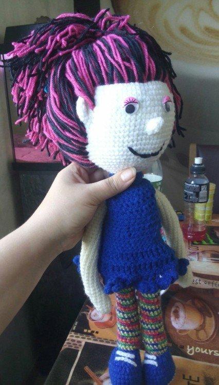 How to Make a Stuffed Animal   Padrão de boneca de crochê, Presentes para  garotas, Crochê de mão   749x426