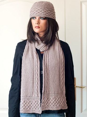"Hat and scarf ""Zarah"""