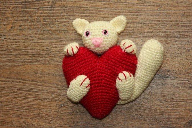 Katze Häkeln Mit Großem Herz Dabei Diy
