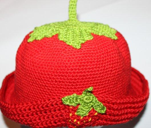 Hut häkeln / Anleitung Hut mit Erdbeer-Design
