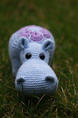 Melman - Amigurumi Hippo [Free Crochet Pattern] | 450x300