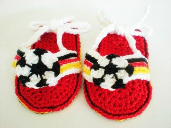 Flip Flops Für Babys Häkeln Fußball Motiv
