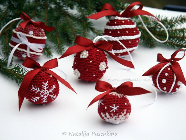 Crochet Pattern Christmas Balls