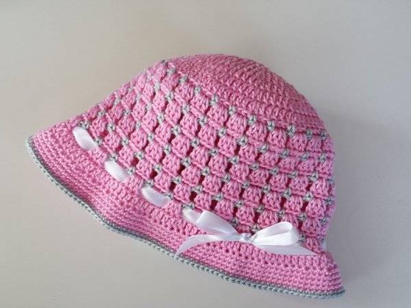 Pink woven baby easter bonnet