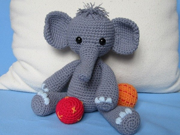 Elefant häkeln - ca. 30 cm hoch + süß + frech