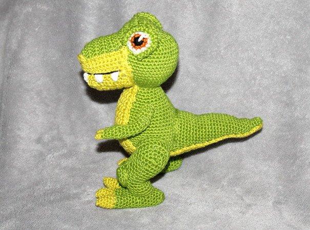 T-mothy the T-rex – Amigurumi Crochet Pattern | | 450x605