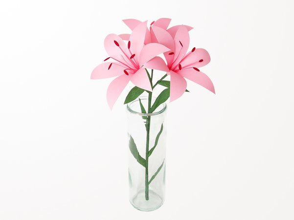 Blumen basteln // Papier-Lilien // Fotokarton