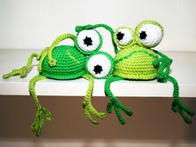 Frog - Shelf Sitter - Crochet Pattern