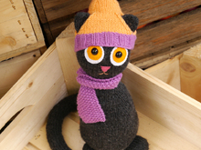 Free knitting pattern - Steffi the Cat