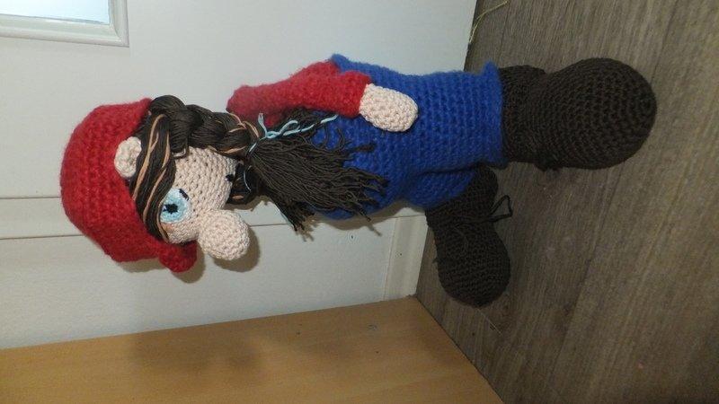 Handwerker Angelo Amigurumi Puppe zum Häkeln