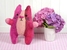 Knitting Pattern - Ariane the Cat