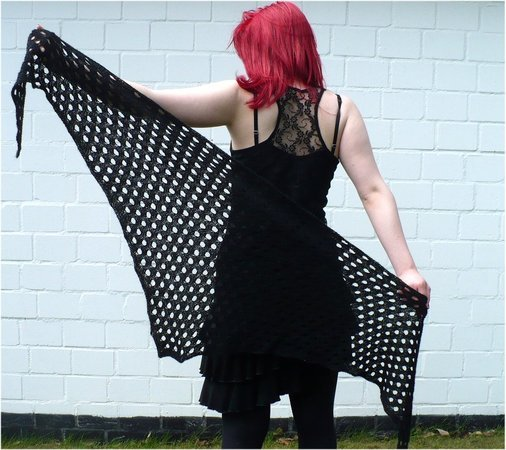 Knitting pattern: Big Jokus, deep triangel shawl
