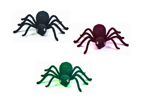 Spiders are creepy english crochet pattern