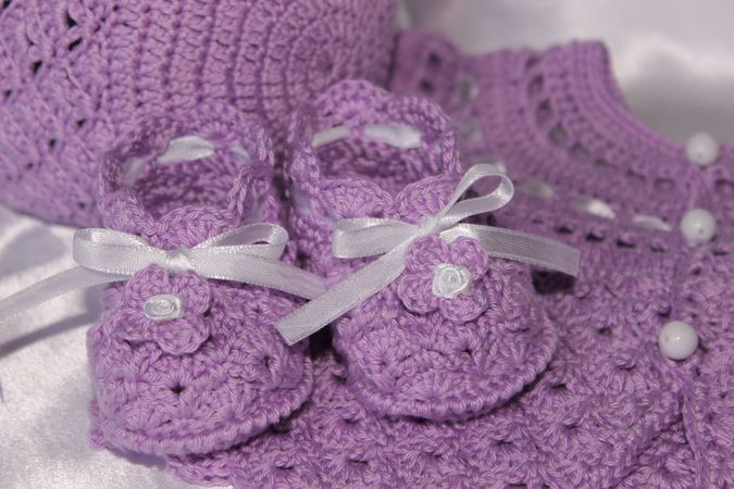 Shell Baby Booties Crochet Pattern