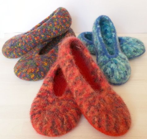 Pattern Crocheted felted slippers \