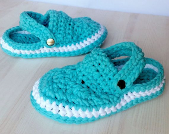 Crocheted Clogs, Sizes Sizes Child 6 – Women 4
