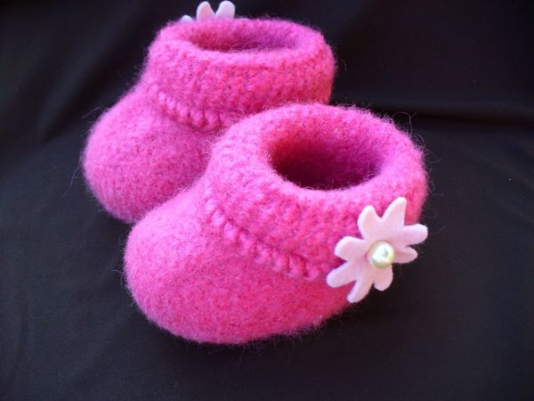 Knitting Pattern Felted Baby Booties : Felted Baby Booties Knitting Pattern