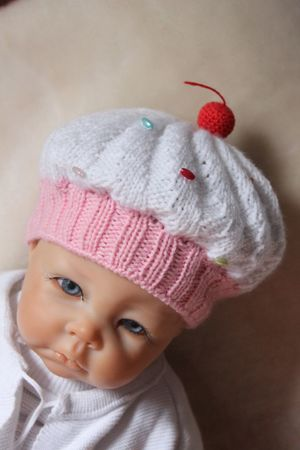 Cupcake Baby Hat Knitting Pattern