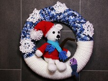Door wreath winter - polar bear Knut - crochet pattern