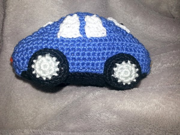 E-Book rattle grab toy car