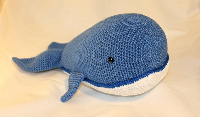 Baby Humpback Crochet Whale Free Pattern - One Dog Woof | 450x769