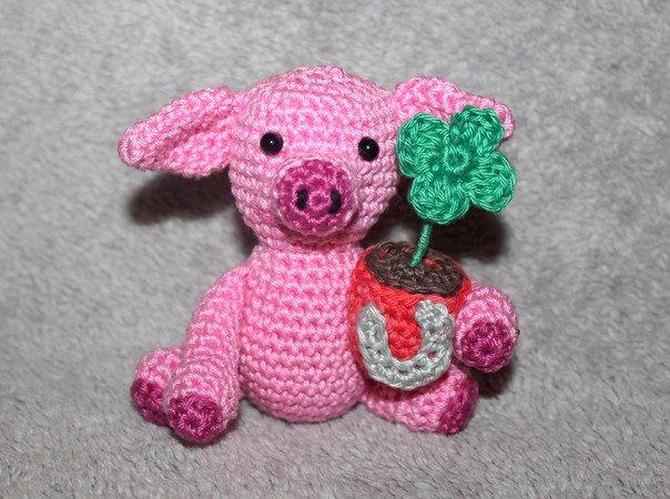 Glücksschwein Häkeln Hufeisen Kleeblatt