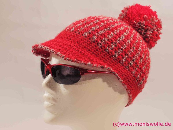 Ann's Cap - Cap for women with peak and bobble - Size: 4 1/2 (35) to 8 (64)