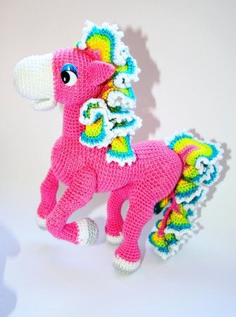 Colourful Horse Crochet Pattern