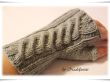 Connemara fingerless mitts mittens gloves