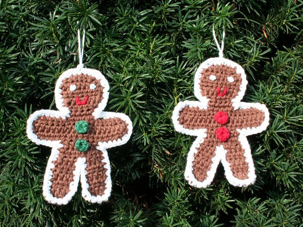 Free Knitting Pattern For A Gingerbread Man : Gingerbread Man - Ornament - Crochet Pattern