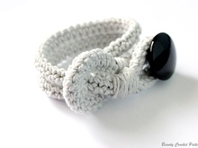Crochet Bracelet With Button