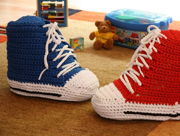 Crochet Pattrern - Exclusive Desing Pillow, Cushion - Booties, Shoes for Baby and Children