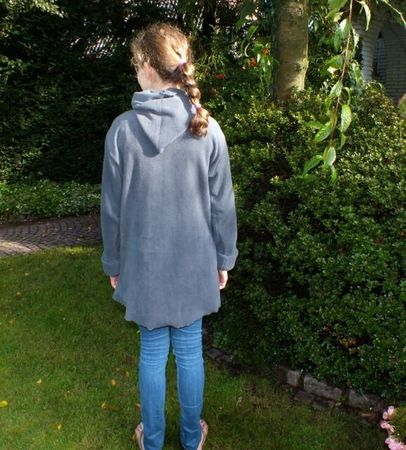 LILIAs jacket (with a flower) pattern, sizes 158 – women´s 42 / Kids M – women´s M/L