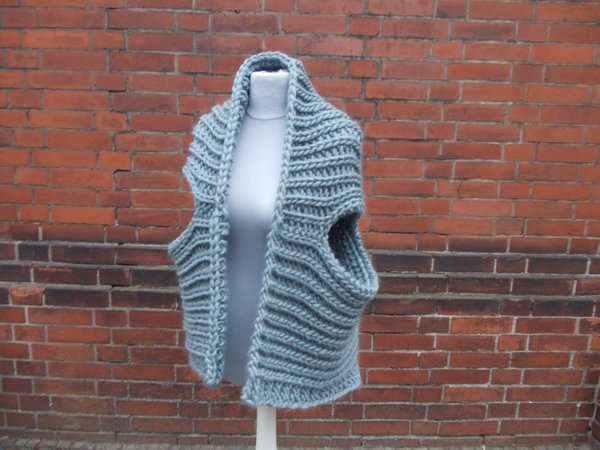 "Armloser Sweater, Strickweste, Strickjacke, unisex, one size ""turn me"", Bilder anschauen!"